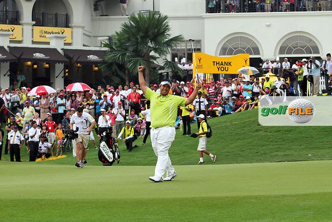 Kiradech Aphibarnrat (THA) celebrates on the 18th green after winning after Round 3 of the 2013 Maybank Malaysian Open, Kuala Lumpur Golf and Country Club, Kuala Lumpur, Malaysia 24/3/13...(Photo Jenny Matthews/www.golffile.ie)
