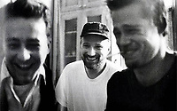 Fight Club (1999)<br /> Behind the scenes photo of Edward Norton, Brad Pitt &amp; David Fincher<br /> *Filmstill - Editorial Use Only*<br /> CAP/KFS<br /> Image supplied by Capital Pictures