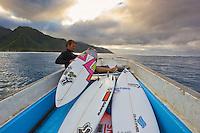 Teahupoo, Tahiti Iti, French Polynesia. Tuesday August 16 2011. Damien Hobgood (USA). Photo: joliphotos.com