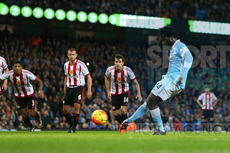 Wilfried Bony of Manchester City sends a penalty kick high over the bar - Manchester City vs Sunderland - Barclays Premier League - Etihad Stadium - Manchester - 26/12/2015 Pic Philip Oldham/SportImage