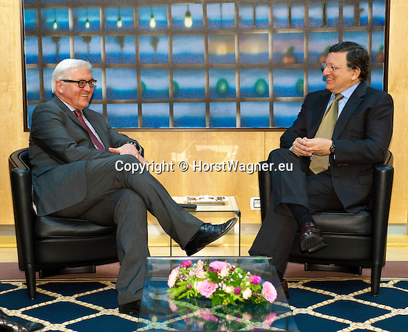 Brussels-Belgium - January 06, 2014 -- Frank-Walter STEINMEIER (le), German Foreign Minister, travels to Brussels for his first official visit since returning to office and meets the top officials of the European institutions; here, with José (Jose) Manuel DURAO BARROSO (ri), President of the European Commission, in the Berlaymont  / HQ of the EU-Commission -- Photo: © HorstWagner.eu