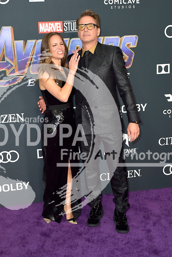 Susan Downey mit Ehemann Robert Downey Jr.bei der Weltpremiere des Kinofilms 'Avengers: Endgame' im Los Angeles Convention Center. Los Angeles, 22.04.2019