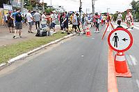 SÃO PAULO,SP, 15.11.2015 - GP-BRASIL - Movimentação na Estação Autódromo da CPTM, zona sul da cidade de São Paulo, onde tem grande fluxo de pessoas devido ao GP Brasil de Formula 1, que acontece neste domingo (15). (Foto: Douglas Pingituro/Brazil Photo Press)