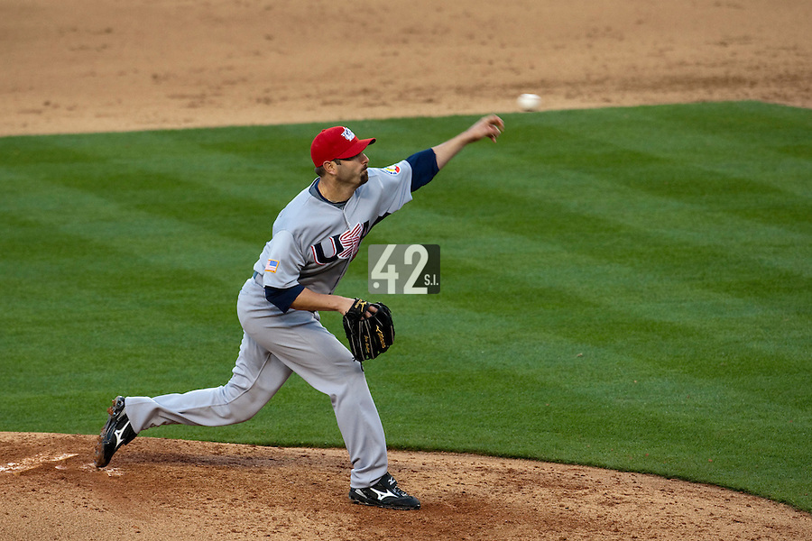 22 March 2009: #34 John Grabow of USA pitches against Japan during the 2009 World Baseball Classic semifinal game at Dodger Stadium in Los Angeles, California, USA. Japan wins 9-4 over Team USA.