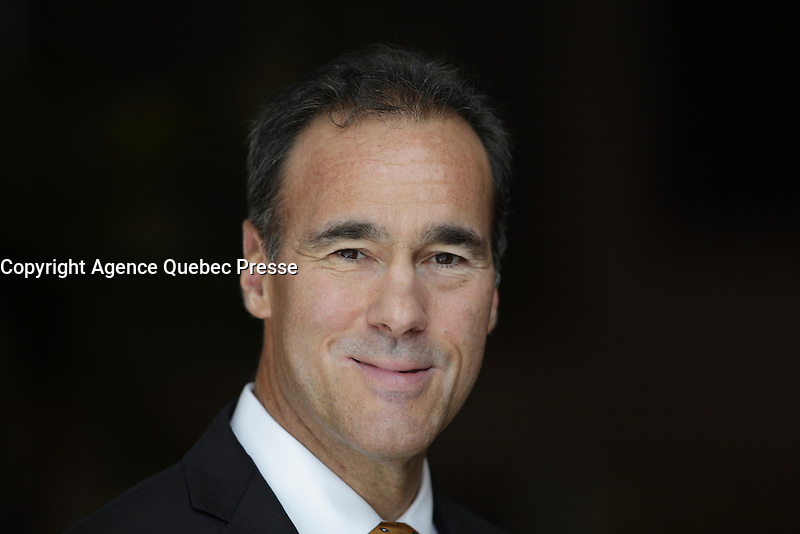 Pierre Dion, President &amp; CEO of Quebecor deliver a speech  before the  Cercle finance et placement du Quebec, Wenesday, March 23rd, 2016<br /> <br /> PHOTO : Pierre Roussel - Agence Quebec Presse