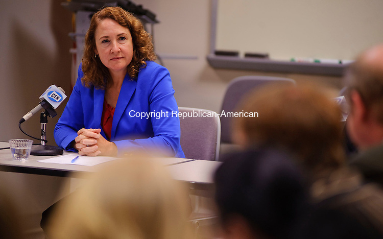 TORRINGTON, CT -25 SEPTEMBER 2012--092512JS07- Elizabeth Esty, Democratic candidate for the 5th Congressional District, talks with guests during a roundtable meeting hosted by the Northwest Connecticut Chamber of Commerce at their office in Torrington. .Jim Shannon Republican-American