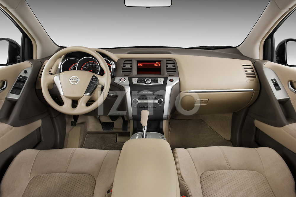 Straight dashboard view of a 2009 Nissan Murano.