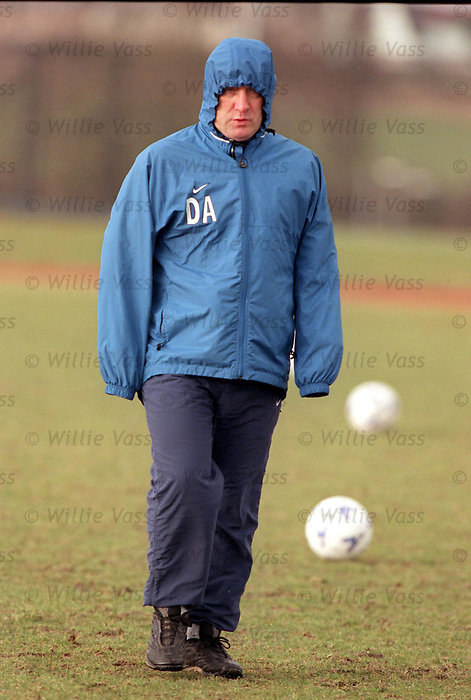 Dick Advocaat at training