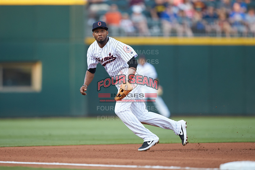 Charlotte Hornets third baseman Alcides Escobar on defense against the Louisville Bats at BB&T BallPark on June 22, 2019 in Charlotte, North Carolina. The Hornets defeated the Bats 7-6. (Brian Westerholt/Four Seam Images)
