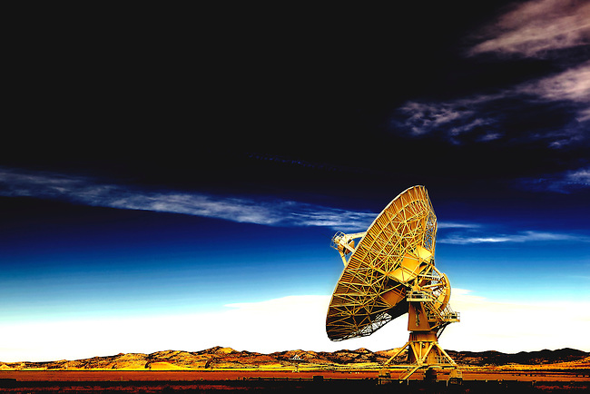 Antenna in the Very Large Array near Socorro, New Mexico