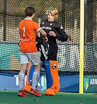 BLOEMENDAAL  -  Flip Wijsman met Daan van os, , competitiewedstrijd junioren  landelijk  Bloemendaal JA1-Nijmegen JA1 (2-2) . COPYRIGHT KOEN SUYK