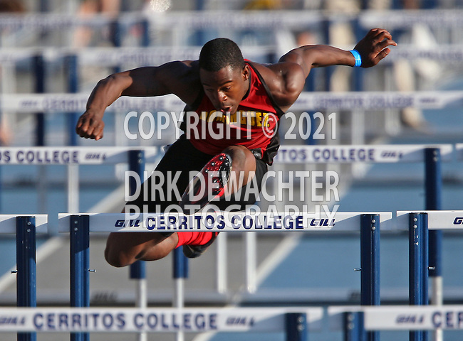 2008 CIF State Championships Track & FIeld.Boys 110m hurdles.Cerritos College, Cerritos, CA.Devron Walter (Dominguez HS).506P8922.JPG.CREDIT / Dirk Dewachter