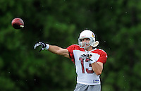 Jul 31, 2009; Flagstaff, AZ, USA; Arizona Cardinals quarterback Kurt Warner throws a pass during training camp on the campus of Northern Arizona University. Mandatory Credit: Mark J. Rebilas-