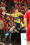 Torschuss von Rhein Neckar Loewe Jerry Tollbring (Nr.17)  beim Spiel in der Champions League, Telekom Veszprem - Rhein Neckar Loewen.<br /> <br /> Foto &copy; PIX-Sportfotos *** Foto ist honorarpflichtig! *** Auf Anfrage in hoeherer Qualitaet/Aufloesung. Belegexemplar erbeten. Veroeffentlichung ausschliesslich fuer journalistisch-publizistische Zwecke. For editorial use only.