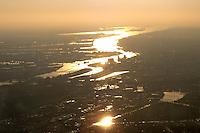 Deutschland, Hamburg, Hafen, Elbe, Sonnenuntergang