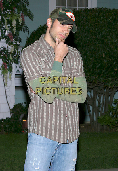 "ZACHARY LEVI.2005 ABC Winter Press Tour ""The Wisteria Lane Block Party"" held at Universal Studios, Universal City, California, USA, 23 January 2005..half length cap hat pose.Ref: ADM.www.capitalpictures.com.sales@capitalpictures.com.©Jacqui Wong/AdMedia/Capital Pictures ."