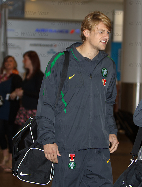 Glenn Loovens arrives for the dutch trip