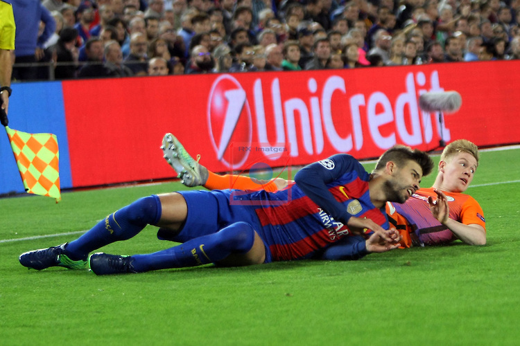 UEFA Champions League 2016/2017 - Matchday 3.<br /> FC Barcelona vs Manchester City FC: 4-0.<br /> Kevin De Bruyne vs Gerard Pique.
