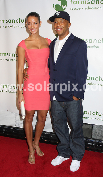 **ALL ROUND PICTURES FROM SOLARPIX.COM**.**SYNDICATION RIGHTS FOR UK, SPAIN, PORTUGAL, AUSTRALIA, S.AFRICA & DUBAI (U.A.E) ONLY**.The Farm Sanctuary 2008 Gala  Arrivals at Ciprianis Wall Street in  New York in the USA .This pic:Kevin Nealon..JOB REF:6457-PHZ/Janet Mayer       DATE:17_05_08 .**MUST CREDIT SOLARPIX.COM OR DOUBLE FEE WILL BE CHARGED* *UNDER NO CIRCUMSTANCES IS THIS IMAGE TO BE REPRODUCED FOR ANY ONLINE EDITION WITHOUT PRIOR PERMISSION*