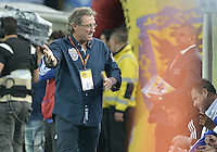 BOGOTA - COLOMBIA -03 -05-2015: Ricardo Lunari técnico de Millonarios gesticula durante partido con Atlético Nacional por la fecha 18 de la Liga Águila I 2015 jugado en el estadio Nemesio Camacho El Campín de la ciudad de Bogotá./ Ricardo Lunari coach of Millonarios gestures during the match against Atletico Nacional for the 18th date of the Aguila League I 2015 played at Nemesio Camacho El Campin stadium in Bogotá city. Photo: VizzorImage / Gabriel Aponte / Staff.