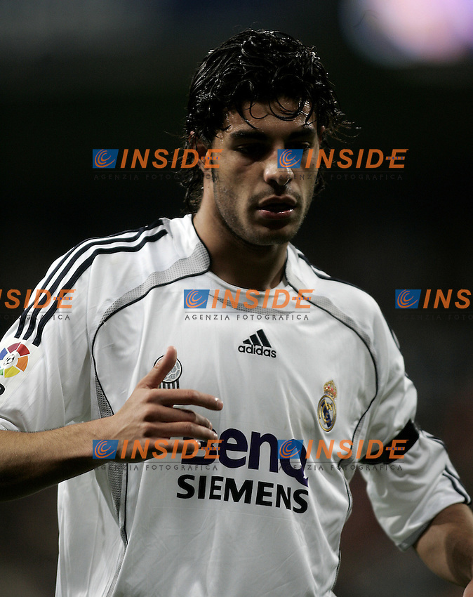 Real Madrid's Miguel Angel Torres during the Spanish League match between Real Madrid and Real Betis at Santiago Bernabeu Stadium  in Madrid, Saturday February 17 2007. (INSIDE/ALTERPHOTOS/B.echavarri).
