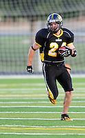 The Madison Mustangs top the West Allis Predators 39:6 Saturday night, 6/21/08, at Middleton High School Stadium