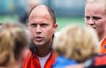 BLOEMENDAAL - coach Teun de Nooijer (Bl'daal)  na de 2e play out wedstrijd tussen Bloemendaal-HGC dames (2-0). COPYRIGHT KOEN SUYK