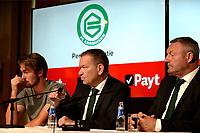 GRONINGEN - Voetbal, Presentatie Jannik Pohl, FC Groningen seizoen 2018--2019, 29-08-2018, met Hans Nijland en Ron Jans