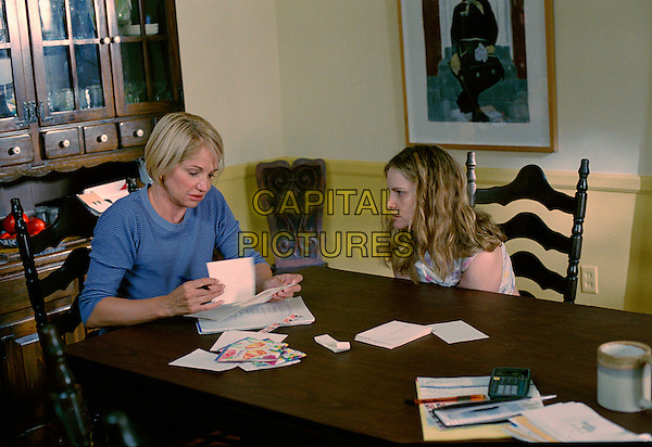 ELLEN BARKIN & JENNIFER JASON LEIGH.in Palindromes.Filmstill - Editorial Use Only.CAP/AWFF.www.capitalpictures.com.sales@capitalpictures.com.Supplied By Capital Pictures.