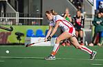 AMSTELVEEN - Daphne van der Velden (OR)   tijdens de hoofdklasse hockeywedstrijd dames,  Amsterdam-Oranje Rood (2-2) .   COPYRIGHT KOEN SUYK