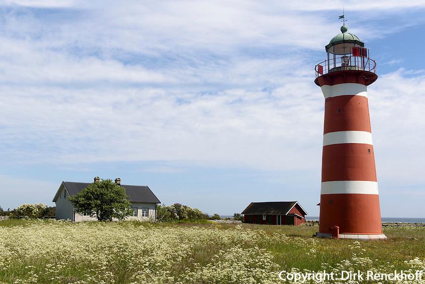 Leuchtturm von N&auml;rsholmen auf der Insel Gotland, Schweden, Europa<br /> Lighthouse N&auml;rsholmen, Isle of Gotland, Sweden