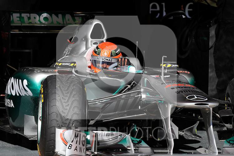 13.02.2011, Circuit de Catalunya, Barcelona, ESP, Formel 1 Test 3 2011,  im Bild Michael Schumacher (GER), Mercedes GP Foto © nph / Dieter Mathis
