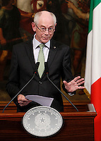 Il Presidente del Consiglio Europeo Herman Van Rompuy durante la conferenza stampa congiunta col Presidente del Consiglio al termine del loro incontro, a Palazzo Chigi, Roma, 31 maggio 2013.<br /> European Council President Herman Van Rompuy attends a joint press conference with the Italian Premier at the end of their meeting at Chigi Palace, Rome, 31 May 2013.<br /> UPDATE IMAGES PRESS/Isabella Bonotto