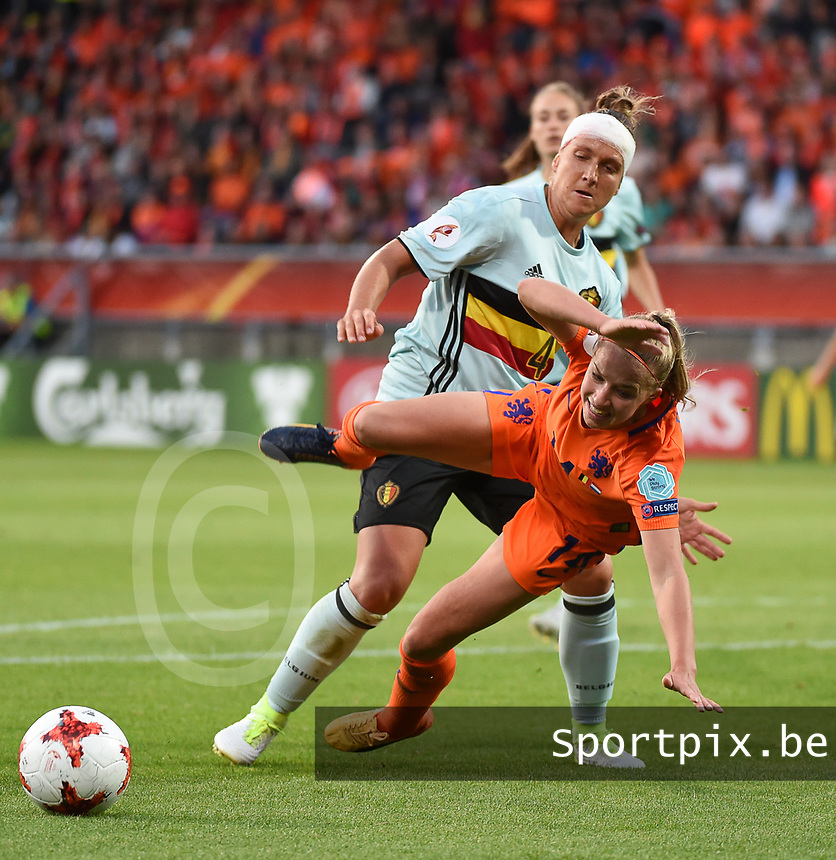 20170724 - TILBURG , NETHERLANDS : Belgian Maud Coutereels fauls Dutch Jackie Groenen (14)   pictured during the female soccer game between Belgium and The Netherlands  , the thirth game in group A at the Women's Euro 2017 , European Championship in The Netherlands 2017 , Monday 24 th June 2017 at Stadion Koning Willem II  in Tilburg , The Netherlands PHOTO SPORTPIX.BE | DIRK VUYLSTEKE