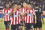 BARRANQUILLA – COLOMBIA _ 11-03-2014 / En compromiso correspondiente a la décima jornada del Torneo Apertura Colombiano 2014, Atlético Junior cayó 0 – 1 ante Millonarios en el estadio metropolitano Roberto Meléndez de Barranquilla. / Jugadores de Atlético Junior salen de la cancha tras la derrota.