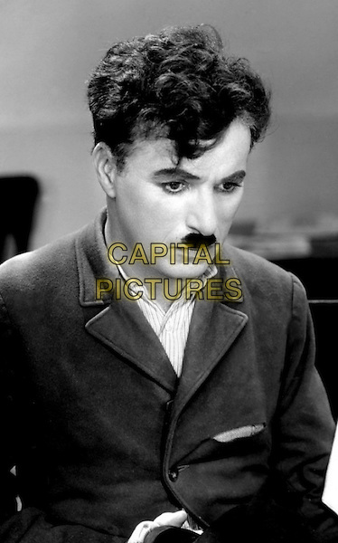 CHARLIE CHAPLIN  .in Modern Times.*Filmstill - Editorial Use Only*.CAP/PLF.Supplied by Capital Pictures.