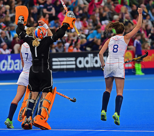 30.08.2015. Lea Valley, London, England. Unibet EuroHockey Championships Day 10. Gold Medal Final. England versus Netherlands. The Dutch players celebrate their first goal in the final