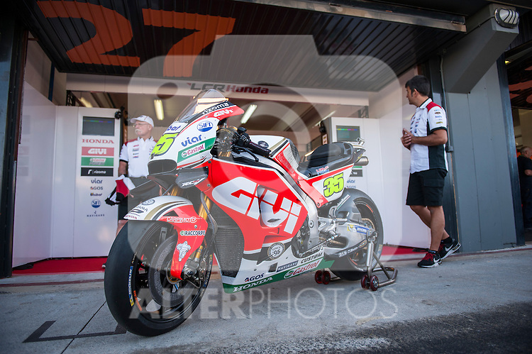 VALENCIA, SPAIN - NOVEMBER 11: Cal Crutchlow motorbike during Valencia MotoGP 2016 at Ricardo Tormo Circuit on November 11, 2016 in Valencia, Spain