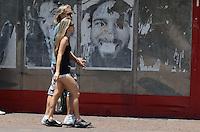 SAO PAULO, SP, 10 DE DEZEMBRO DE 2012 - Pulistano vive tarde de tempo aberto e altas temperaturas, nesta segunda feira, 10, regiao central da capital. FOTO: ALEXANDRE MOREIRA - BRAZIL PHOTO PRESS.