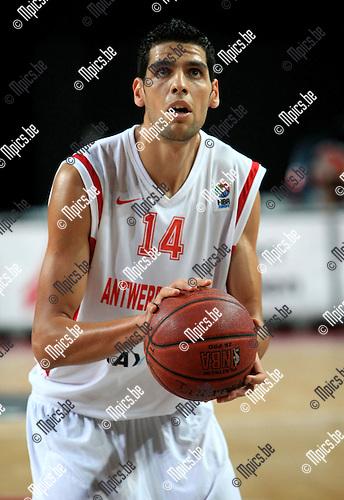 2010-10-05 / Basketbal / seizoen 2010-2011 / Euro Challenge / Antwerp Giants - Minsk / Salah Mejri..Foto: Mpics