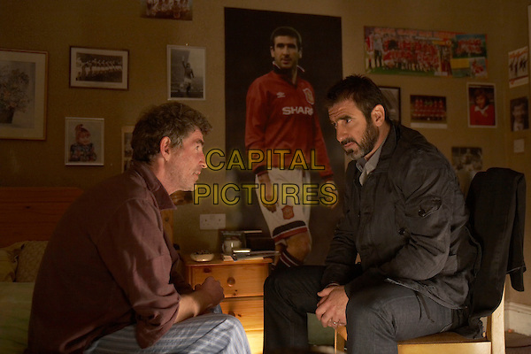 Steve Evets & Eric Cantona.in Looking for Eric .*Filmstill - Editorial Use Only*.CAP/PLF.Supplied by Capital Pictures.