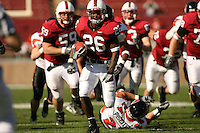 18 November 2006: Anthony Kimbles rushes for a touchdown during Stanford's 30-7 loss to Oregon State at Stanford Stadium in Stanford, CA.