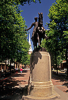AJ4436, Boston, Paul Revere, Massachusetts, North End, The equestrian statue of Paul Revere at the Paul Revere Mall (park) in Boston in the state of Massachusetts.