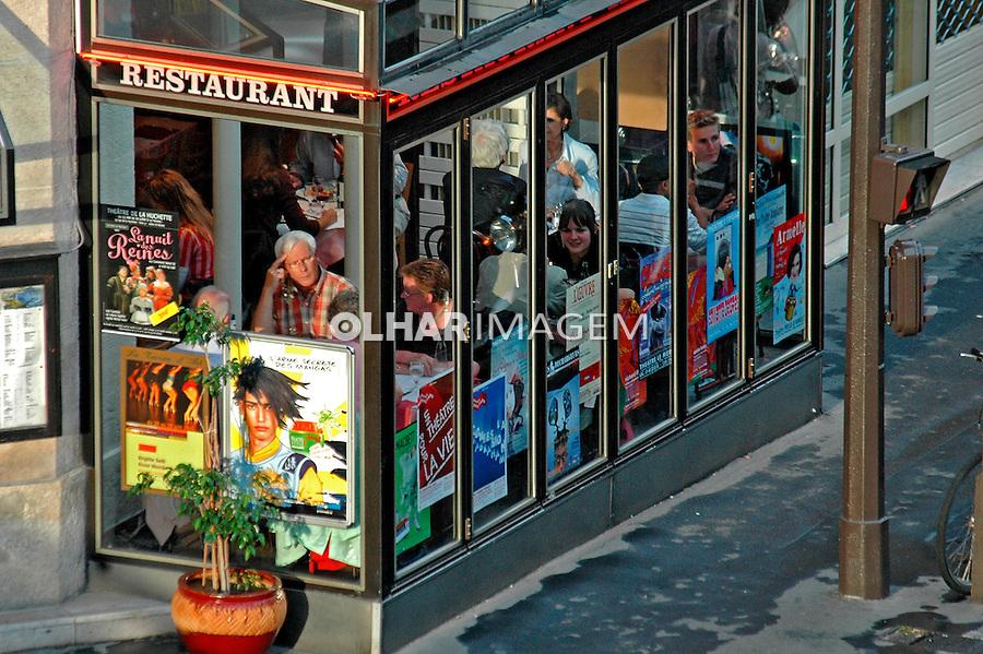 Restaurante em Paris. França. 2005. Foto de Dudu Cavalcanti.