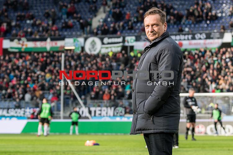 09.02.2019, HDI Arena, Hannover, GER, 1.FBL, Hannover 96 vs 1. FC Nuernberg<br /> <br /> DFL REGULATIONS PROHIBIT ANY USE OF PHOTOGRAPHS AS IMAGE SEQUENCES AND/OR QUASI-VIDEO.<br /> <br /> im Bild / picture shows<br /> Horst Heldt (Sportdirektor / Manager Sport Hannover 96), <br /> <br /> Foto &copy; nordphoto / Ewert