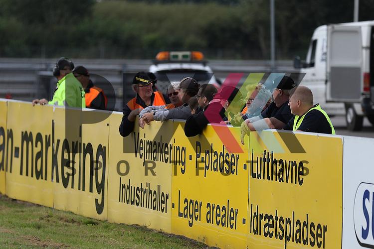 Padborg (DK), 12.09.15, Motorsport, Padborg Supertourisme Night, Danisch Supertourisme Turbo : Rahmenprogramm, Track<br /> <br /> Foto &copy; PIX-Sportfotos *** Foto ist honorarpflichtig! *** Auf Anfrage in hoeherer Qualitaet/Aufloesung. Belegexemplar erbeten. Veroeffentlichung ausschliesslich fuer journalistisch-publizistische Zwecke. For editorial use only.