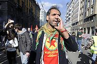 Milano, 20/03/2016 - manifestazione della comunit&agrave; Curda in occasione del loro capodanno; contestazioni davanti al consolato della Turchia<br /> <br /> - Milan, 20/03/2016 - demonstration of the Kurdish community for their New Year; protests in front of the Consulate of Turkey