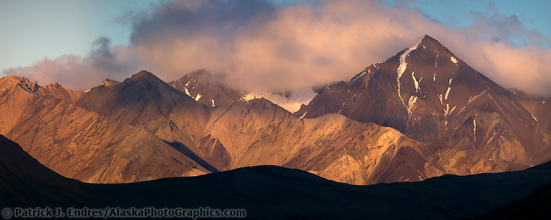 Sunset on the Alaska Range mountains, Denali National Park, Interior, Alaska.