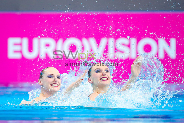 Picture by Alex Whitehead/SWpix.com - 11/05/2016 - Synchronised Swimming - 2016 LEN European Aquatics Championships - London Aquatics Centre, London, England - Russia's ISHCHENKO Natalia / ROMASHINA Svetlana compete in the Duet Free Final.
