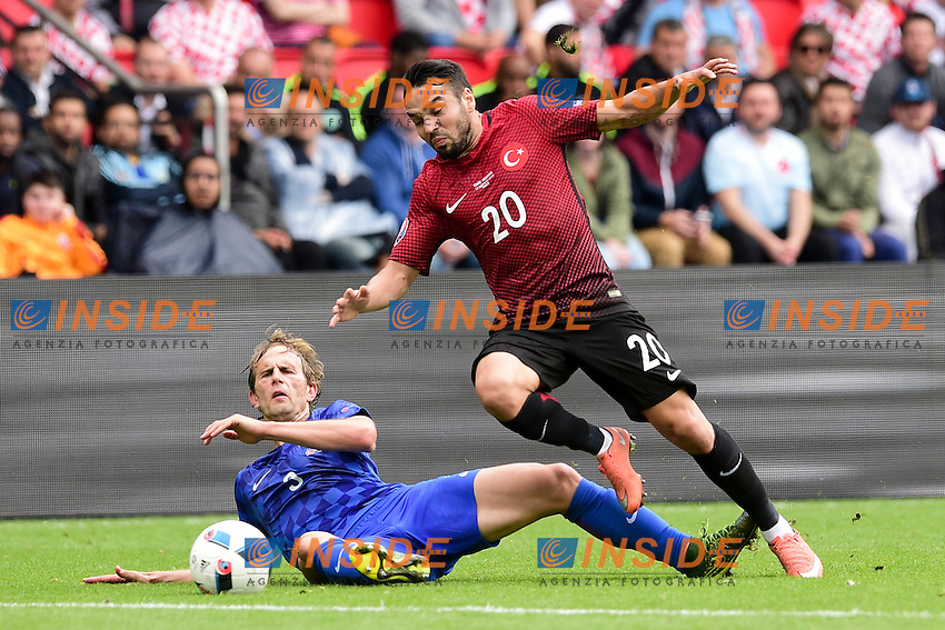 Ivan Strinic (Croatia) vs Volkan Sen (Turkey)  <br /> Paris 12-06-2016 Parc des Princes Football Euro2016 Turkey - Croatia / Turchia - Croazia Group Stage Group D. Foto Panoramic / Insidefoto